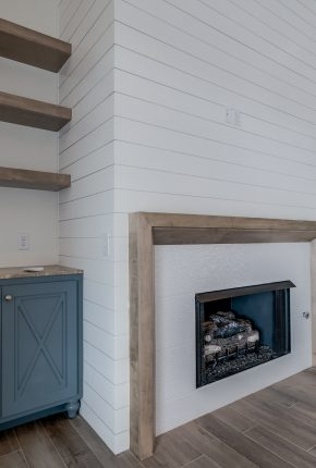 Fireplace. Piedmont, Mustang, Yukon Home Builder.