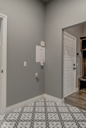 House With Mud Room. Covenant Home Builders.
